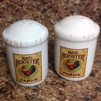 Red Rooster Farms Ceramic Salt and Pepper Shaker Set