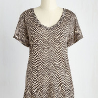 Mid-length Short Sleeves Countryside Excursion Top