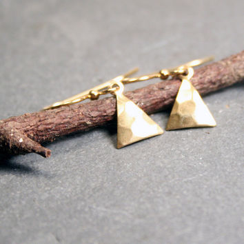 Triangle Earrings : Petite, simple everyday hammered brass