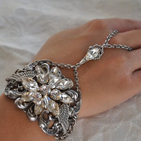 ROMANTIC WINGS  swarovski crystal CLEAR vintage by cynthiacouture
