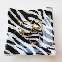 Zebra Stripe Trinket Dish, Black and White Modern Fused Glass Dish, Animal Print Decor, Bedside Ring Holder, Catchall Dish, Catch All Tray