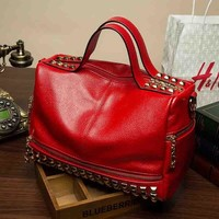 Family Friends party Board game WHX Designers Fashion Casual Style Women Totes Bag CrossBody Bag Female Red Handbag Leather Shoulder Messenger Motorcycle Bags AT_41_3