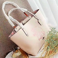 Coach hot seller of stylish lady's printed casual shoulder bag Apricot