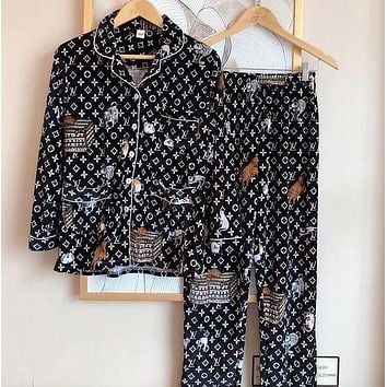 Louis Vuitton LV Simple Ladies Casual Printed Pajamas Two-piece Set