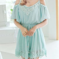 Light Green Cut-Out Shoulder Chiffon Waist Dress