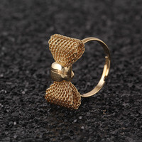 Vintage Gold Plated Butterfly Bow Ring Fashion Cute Black Rhinestone Jewelry Hot For Women Exquisite Noble Accessories