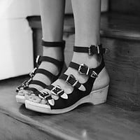 Jeffrey Campbell + Free People Womens Silver Lining Clog
