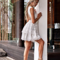 Explosive lace crochet flower openwork stitching backless sexy backless princess dress