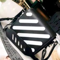 OFF-WHITE New Black and White Stripe Shoulder Diagonal Small Square Bag