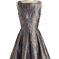 Classic Stunner Dress in Paisley