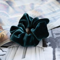 Velvet Scrunchie, Green