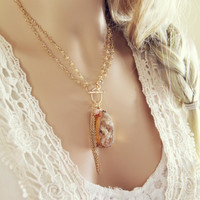 Wren & Stone Necklace in Sand
