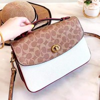 COACH 2019 new old-fashioned color matching female models shoulder bag difference package