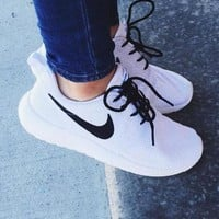 NIKE ROSHE women's sports and leisure ultra light running shoes F/A