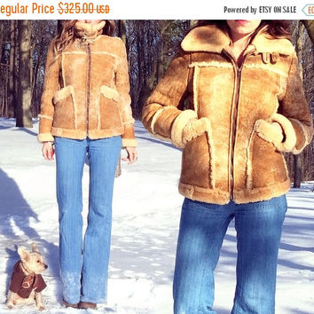 BOXING DAY SALE Vintage 1960's 1970's Shearling Pilot Bomber Sheepskin Tan Warm Chin Strap Coat || Size 38 || Mens Xs || Ladies S to M