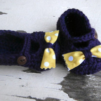 baby booties, crochet baby booties, purple, booties with bow, 3 to 6 months
