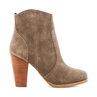 Joie Dalton Bootie in Taupe