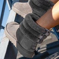 UGG New mini lady boots