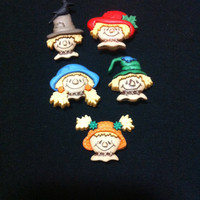 Scarecrow faces Plastic  Buttons/ Sewing supplies / DIY supplies / Novelty Buttons / Party Supplies / Kids craft supplies