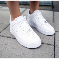 NIKE AIR FORCE classic fashion men and women casual high-quality sports shoes F
