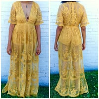 Lace Maxi in Golden