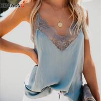 Summer Women Tank Top 2018 Casual V-Neck White Tops Women Sexy Lace Patchwork Beach Tops Female Camisole regata feminina