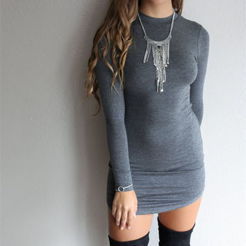Solid Color Sexy Long Sleeved Dress