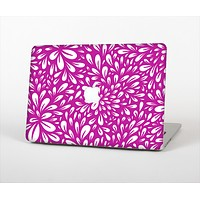 """The Hot Pink & White Floral Sprout Skin Set for the Apple MacBook Pro 13"""""""