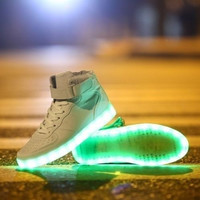 Fashion Lovers LED Night Light Couples Men Women Light Up Trainer Lace Up Shoes Sneakers = 1929535684