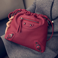 Women fashion handbags on sale