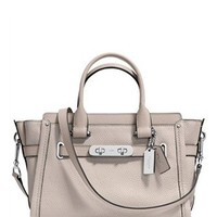 Coach Swagger 27 in Pebble Leather