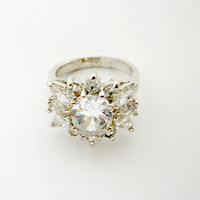 Vintage Jewelry Silver Tone  Rhinestone Cocktail Ring Size 9