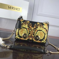 Versace Women's Leather 303K1 Chain Shoulder Bag