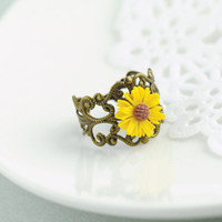 Daisy Sunflower Ring. Sunflower Ring. Daisy Flower Ring. Yellow Flower Ring. Whimsical Adjustable Ring. Bright Yellow Sunflower.
