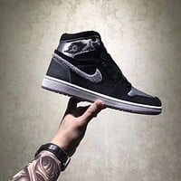 AIR JORDAN 1 ALEALI MAY AJ1 BLACK GRAY SILVER