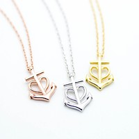 Anchor heart necklace
