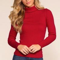 Pynn Turtleneck - Red
