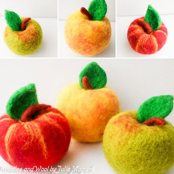 Needle felted apples. Eco-friendly. 100% wool. Handmade.