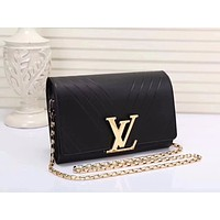 LV Louis Vuitton WOMEN'S LEATHER INCLINED CHAIN SHOULDER BAG