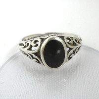 Black Onyx Sterling Silver Ring, Art Deco Scroll Setting Size 6