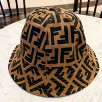 Fendi 2019 new personality men and women models wild fisherman hat Brown