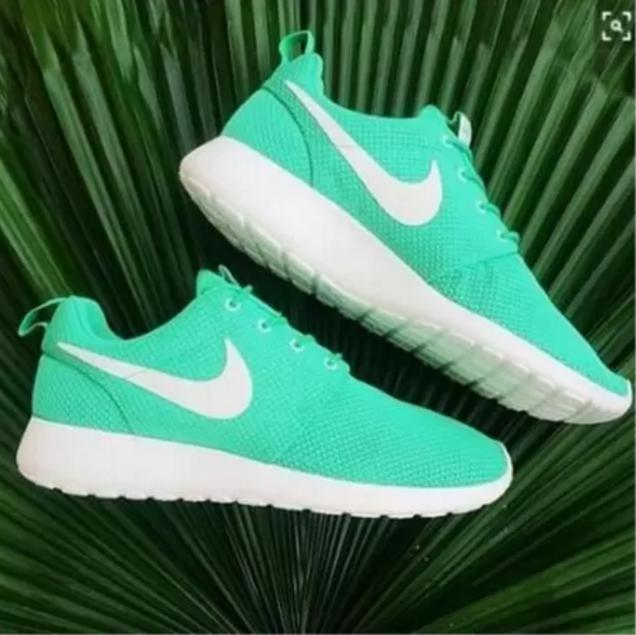 """Image of """"NIKE"""" Trending Fashion Casual Sports Shoes Green"""