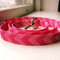 Handmade Dog Leash - Pink Chevron - Made to Order Dog Lead - Short Traffic Leash - Dog Accessory - Fabric Dog Leash - Cute Pet Accessories