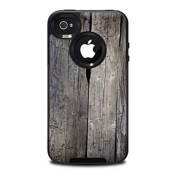 The Cracked Wooden Planks Skin for the iPhone 4-4s OtterBox Commuter Case