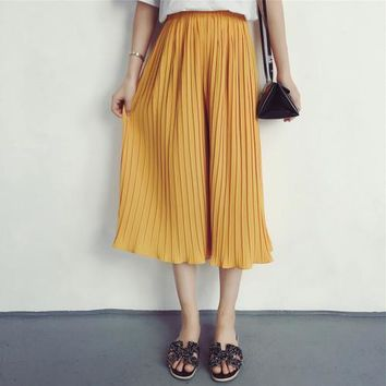 Pleated Chiffon Cropped Loose Pants