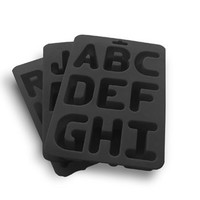 Alphabet Ice : Ice cube trays with 26 A-Z letters