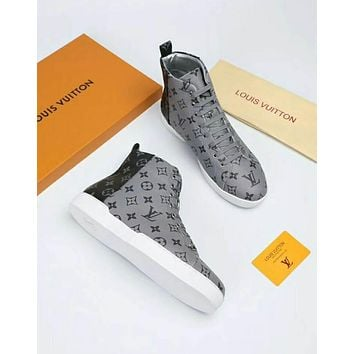 LV 2019 early spring new Monogram Eclipse canvas and pure white rubber sole men's high-top sneakers grey