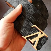 LV Tide brand classic checkerboard men and women models wild smooth buckle belt Black