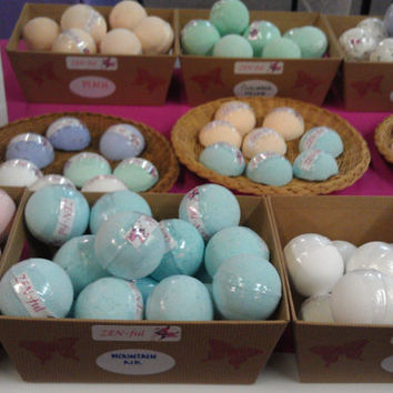 Wholesale Bath Bombs- 50, FREE US SHIPPING, Wedding Favors, Holiday Gift Ideas, Gifts For Her
