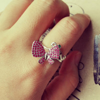 YAN & LEI Alloy Spinning Butterfly Ring